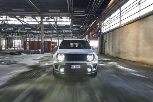 Nuova Jeep Renegade S 4x4: con benzina T4 180CV e automatico, ha il giusto feeling (2)
