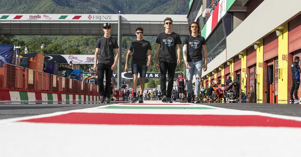 Una giornata con i piloti del Racing Team Sky VR46 Moto2 e Moto3