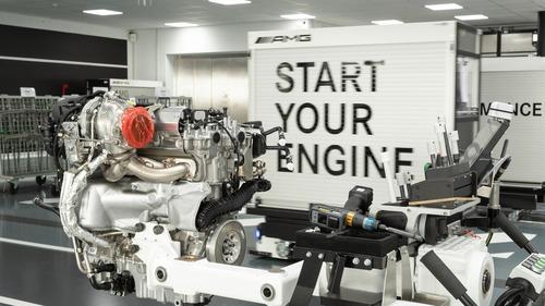 Mercedes-AMG: ecco il 2.0 4 cilindri da 421 CV
