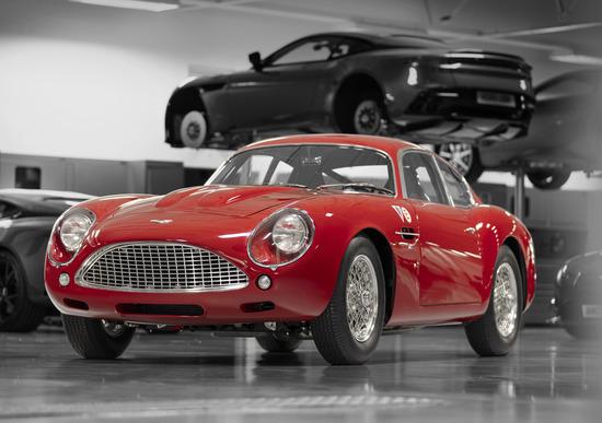 Aston Martin DB4 GT Zagato Continuation: debutto alla 24 ore di Le Mans