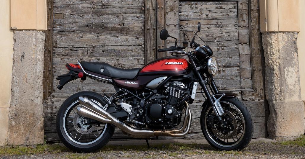 Kawasaki Z900RS Classic Edition. Nelle concessionarie e in promozione