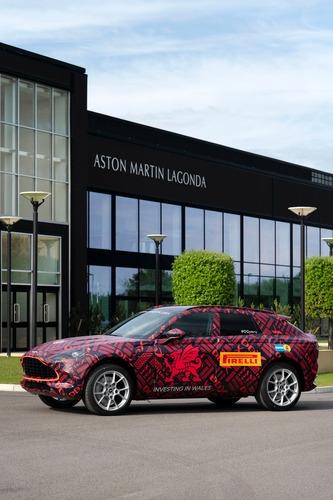 Aston Martin DBX: prodotti i primi esemplari (6)