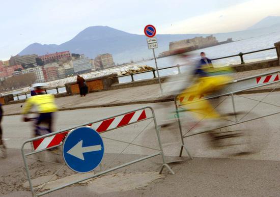 Napoli, stop alla circolazione giovedì 13 giugno dalle 15 alle 20