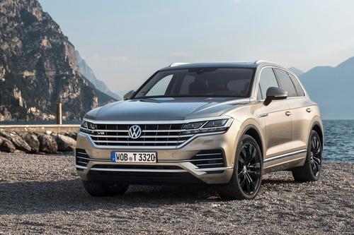Volkswagen Touareg, il V8 TDI in Italia da 97.000 euro (7)