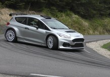 Valtteri Bottas prova la nuova Ford Fiesta R5