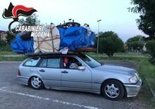 Porta camera da letto sul tetto dell'auto per 700 km. Patente ritirata