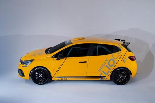 Renault Clio: Cup, Rally ed RX 2020 in un'auto sola (5)