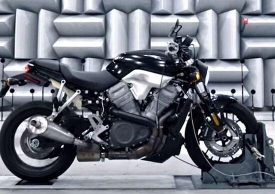 """Harley-Davidson: brevetta il """"Bareknuckle"""" dopo il mitico """"Knucklehead"""""""