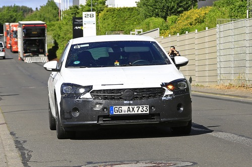 Opel Insignia restyling, le foto spia  (2)