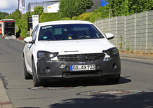 Opel Insignia restyling, le foto spia