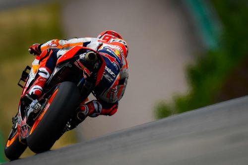 MotoGP 2019. Márquez è il più veloce nelle FP2 in Germania (6)