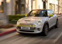 Mini Cooper SE, svelata l'elettrica [Video]