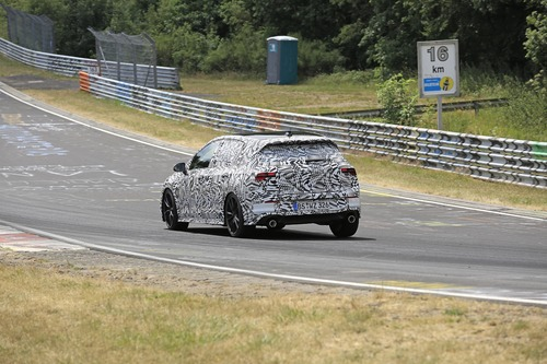Volkswagen Golf GTI, le foto spia al Nürburgring (7)