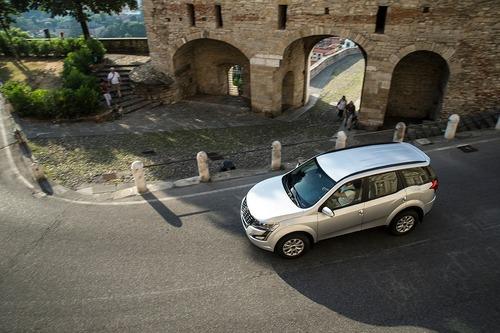 SUV Mahindra, XUV500: 7 posti e fuoristrada soft no-problem. Prezzo? Ancora meno [Foto gallery] (6)