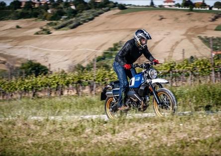 Ducati Scrambler Fuoriluogo - KIT Unit Garage, TEST