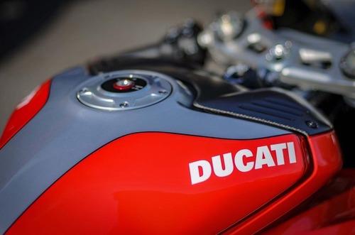 Una speciale Ducati Panigale V4S all'asta per la Nicky Hayden Foundation (5)