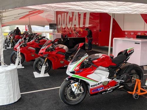 Una speciale Ducati Panigale V4S all'asta per la Nicky Hayden Foundation (3)