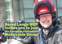 I motociclisti cercano santi in Parlamento