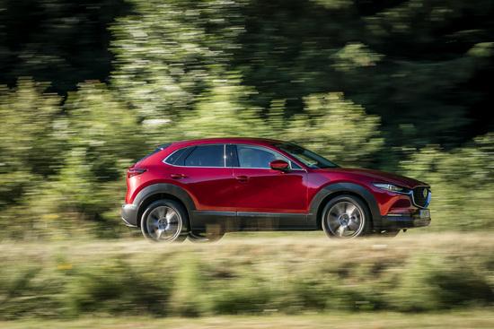 La nuova Mazda CX-30