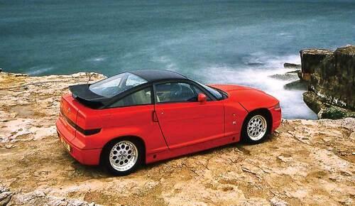 Buon compleanno SZ: trenta anni dalla nascita della rara Alfa Romeo coupé (5)