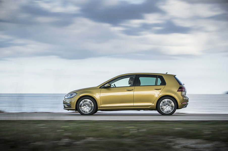 Volkswagen Golf (2014->>) (2)
