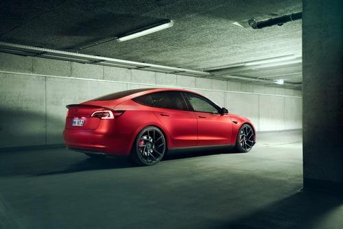Tesla Model 3 | Novitec la rende...più sportiva! (4)