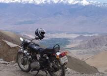 I giornalisti e le moto stanno salvando il Kashmir dall'isolamento