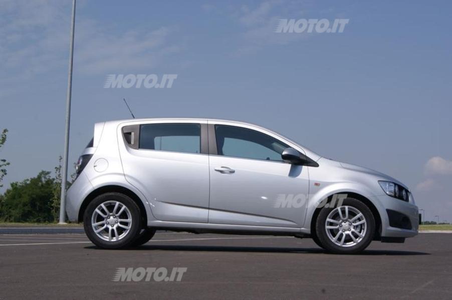 Chevrolet Aveo (2)