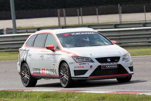 Seat Motorsport 2016: ecco la Leon ST TCS (2)