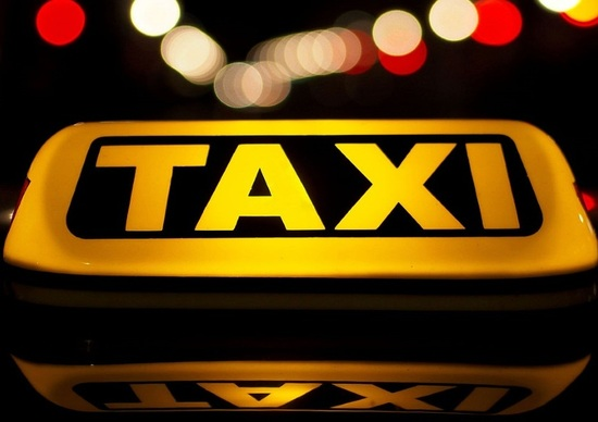 Prezzi taxi: Roma più alta della media nella tratta centro-aeroporto