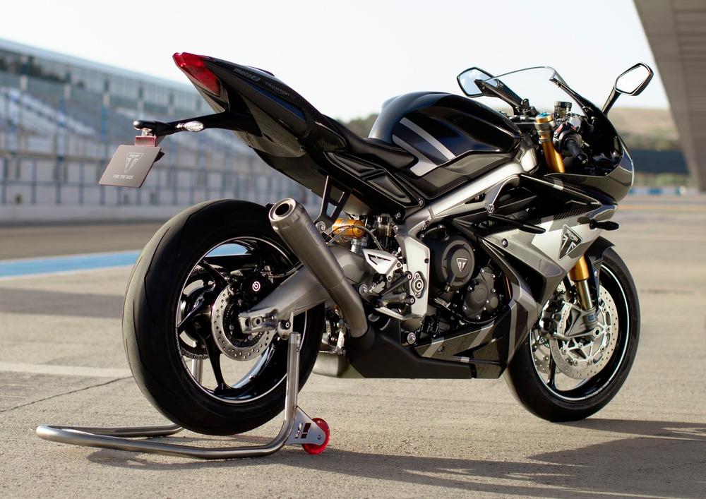 Triumph Daytona Moto2 765 (2019 - 20) (4)