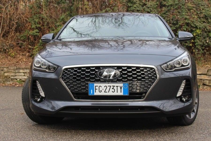 Hyundai i30 (2017->>) (2)