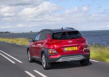 Hyundai Kona Hybrid: la via di mezzo che piace [Video]