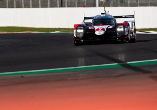 WEC, Toyota inaugura la stagione con la pole alla 4 Ore di Silverstone