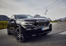 BMW X5 xDrive45e: il SUV ibrido plug-in da 394 CV