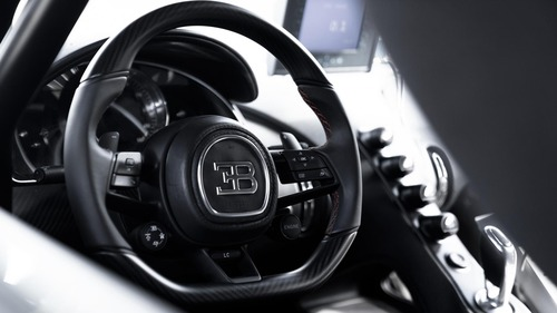 """Bugatti Chiron, gomme """"spaziali"""" per il record di velocità  (2)"""