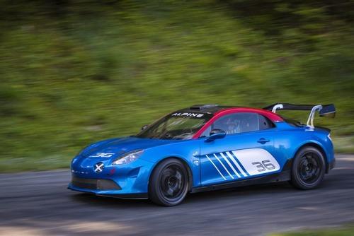 Alpine A110 Rally, 300 CV per correre come ai vecchi tempi (3)