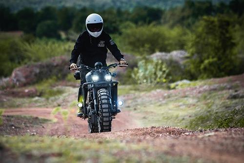 Yamaha XSR155: una scrambler ribelle per la Thailandia (6)