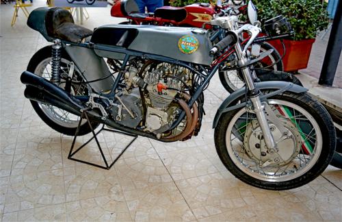 Benelli 250 GP: la quattro cilindri di Pesaro (2)