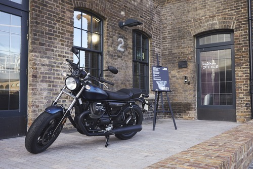 Moto Guzzi V7 Tomoto al London Design Festival  (5)