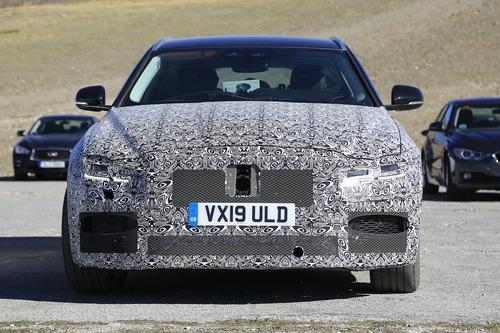 Jaguar XF Sportbrake, le foto spia  (4)