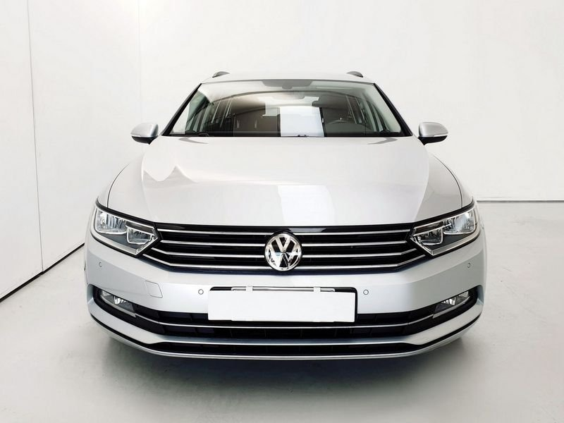 Volkswagen Passat Variant 2.0 TDI 4MOTION Business BlueMotion Tech. (4)