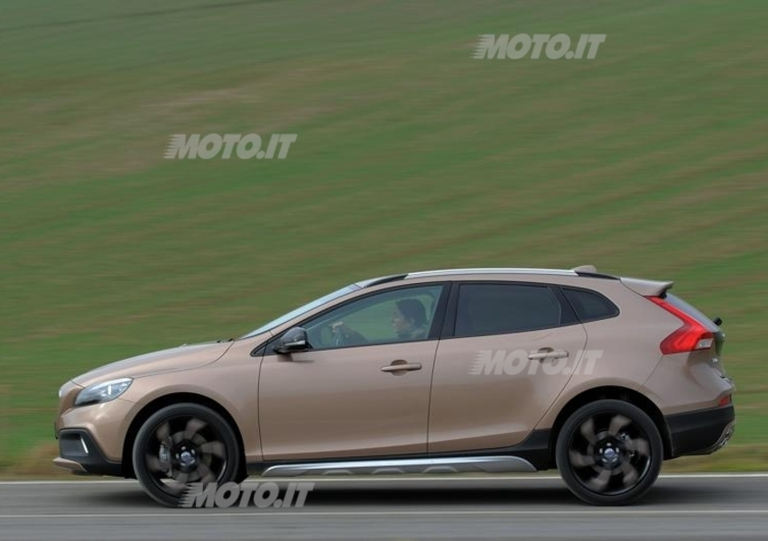 Volvo V40 Cross Country D2 Geartronic Business Plus (2)