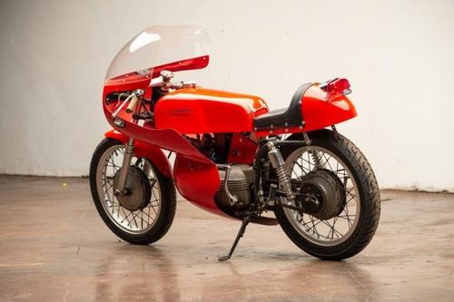 Aermacchi Harley-Davidson Sprint: una piccola belva fatta per la pista (2)