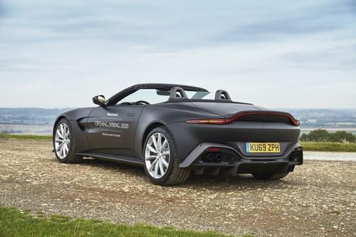 Aston Martin Vantage Roadster 2020: ecco come sarà (4)