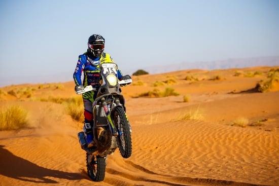 Aubert con la Sherco in azione nel Rally del Marocco 2019