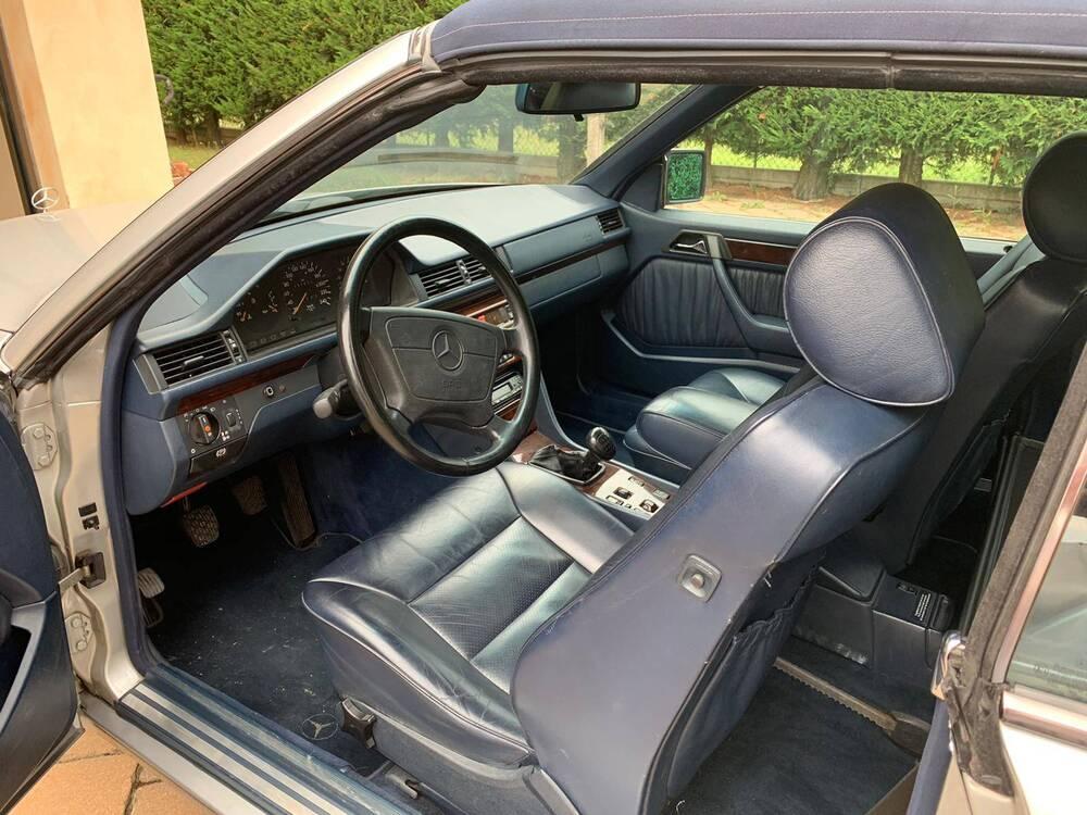 200 e cabrio d'epoca del 1994 a Imola (5)