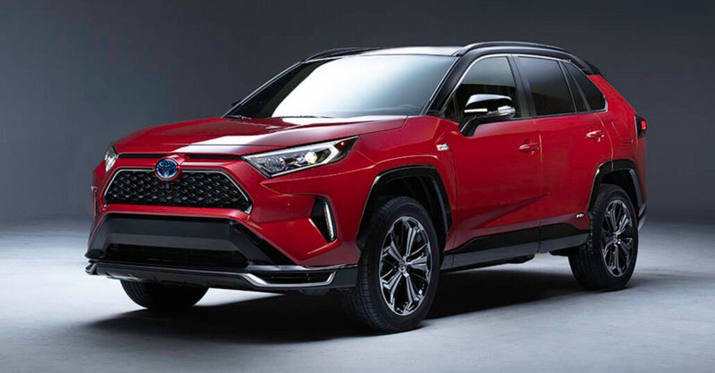 Toyota RAV4, a Los Angeles la versione ibrida plug-in