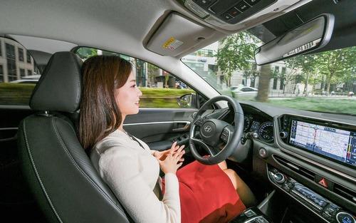 Hyundai: nel cruise control c'è l'intelligenza artificiale (3)