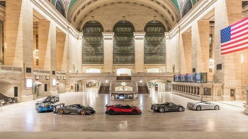 Pagani, sei vetture in mostra alla Grand Central Station di New York (3)